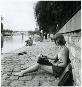 typewriter4001